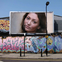 Effet Graffiti Billboard