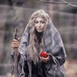 Effekt The Witch with an apple
